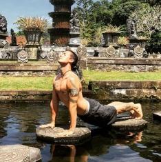 daniel cuming bali yoga retreat
